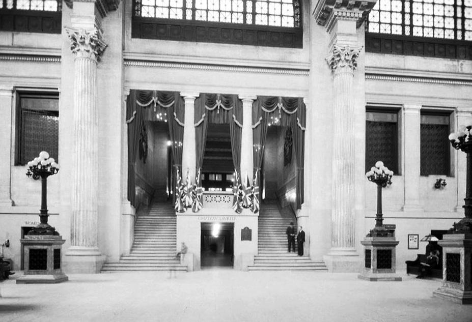 Union Station: interior