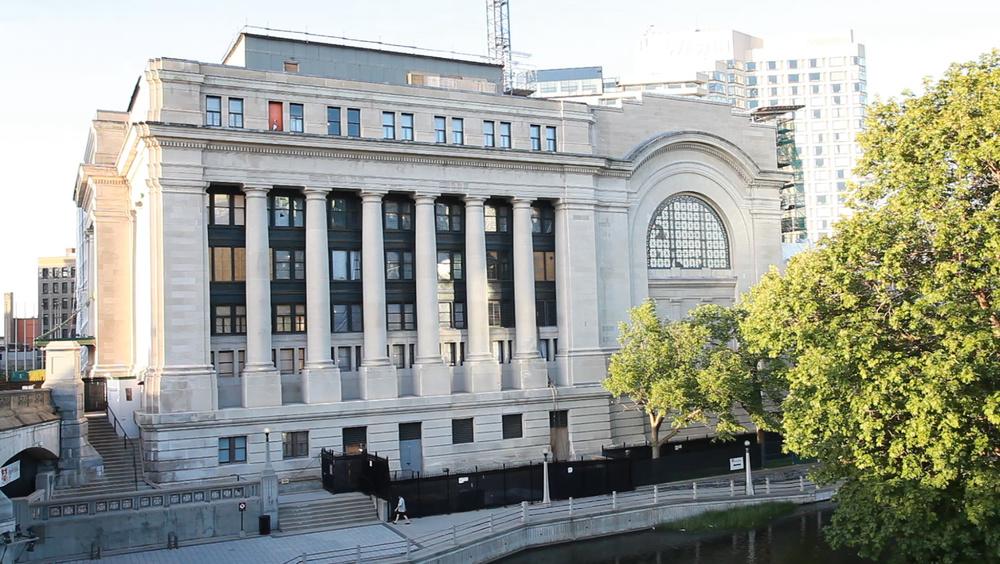 Union Station: exterior